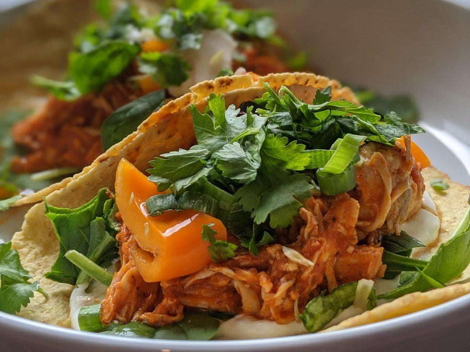 2 Low-FODMAP Chicken Tinga Tacos